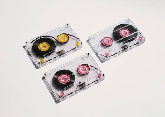Reinigen sie die kassetten im scheinwerferlicht Kostenlose Fotos
