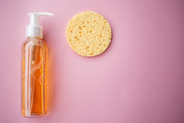 Reinigungsöl für das gesicht oder reinigungsgel mit ölen. hautreinigung, abschminken Premium Fotos