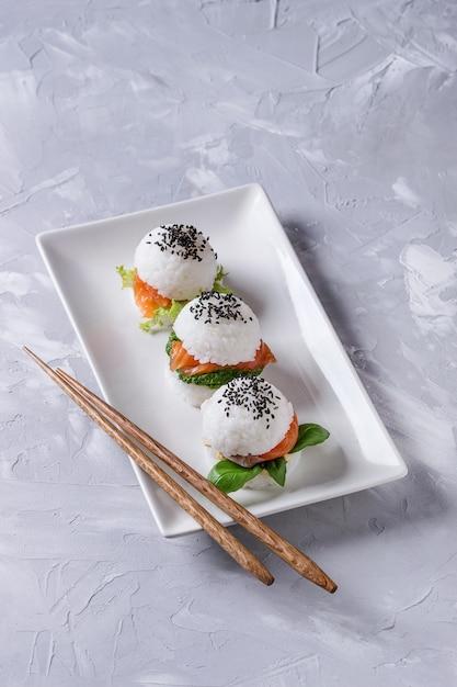 Reis sushi burger Premium Fotos