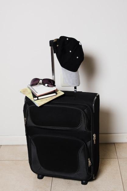 Reisegepäck vorderansicht Kostenlose Fotos