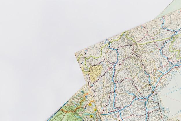 Reisekonzept mit kartenhintergrund Kostenlose Fotos