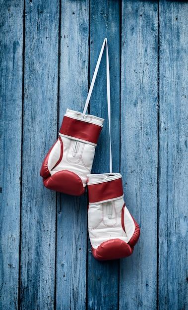Retro foto von boxhandschuhen Premium Fotos