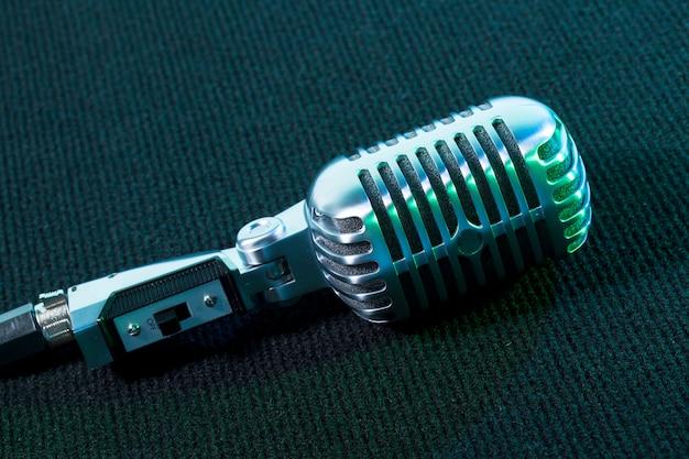 Retro mikrofon Premium Fotos