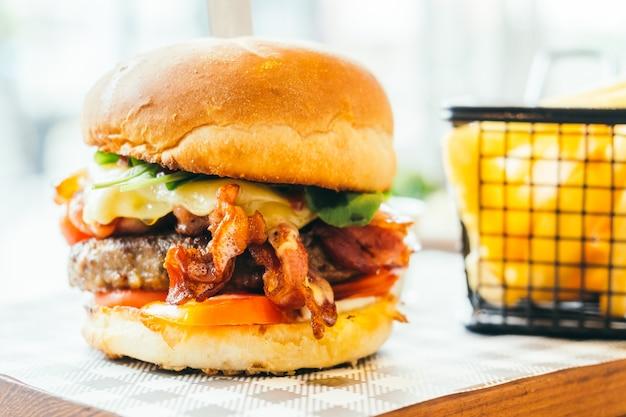Rindfleisch Hamburger Premium Fotos