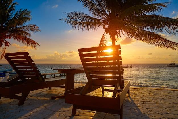 Riviera maya sonnenaufgang strand hängematten Premium Fotos
