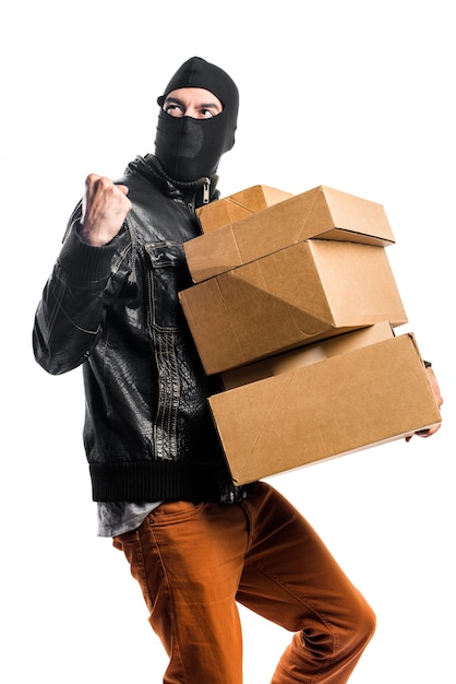 Robber holding boxen Kostenlose Fotos