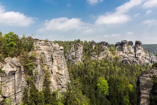 Rocky mountains valley, europa natur Premium Fotos