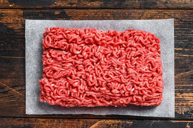 Rohe hackfleisch hackfleisch draufsicht Premium Fotos