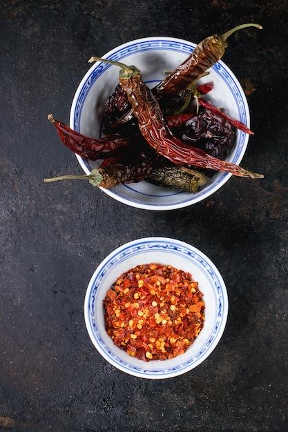 Rote scharfe chilischoten Premium Fotos