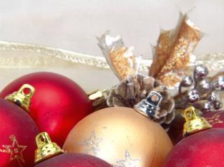 Rote weihnachtskugeln, rot Kostenlose Fotos