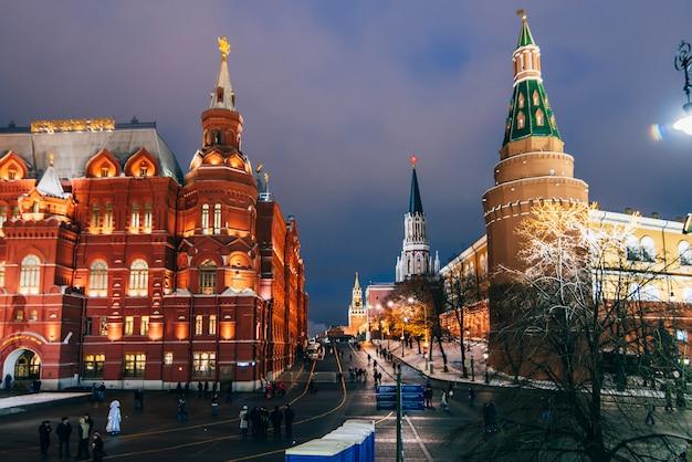 Roter platz und staatliches historisches museum, moskau, russland Premium Fotos