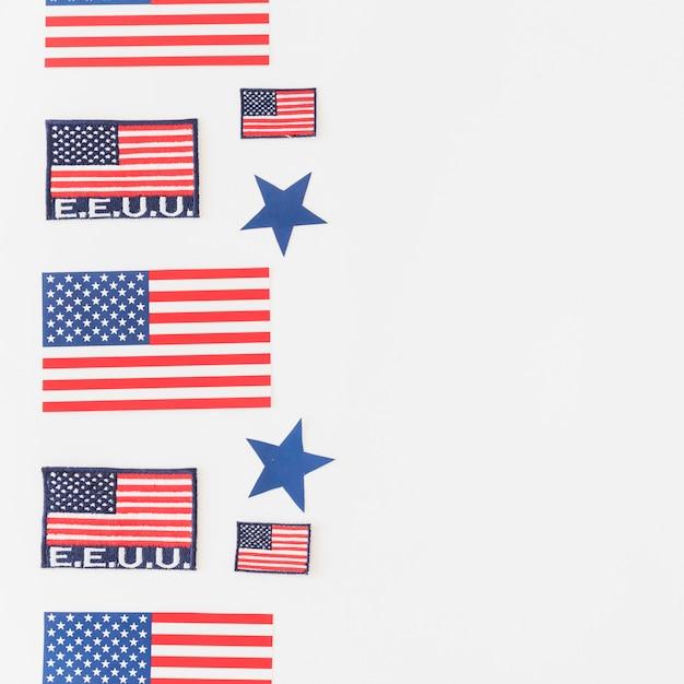 Satz amerikanische flaggen auf hellem hintergrund Kostenlose Fotos