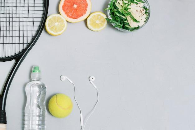 online store 06669 dde1e Satz der gesunden Lebensmittel- und Tennisausrüstung ...
