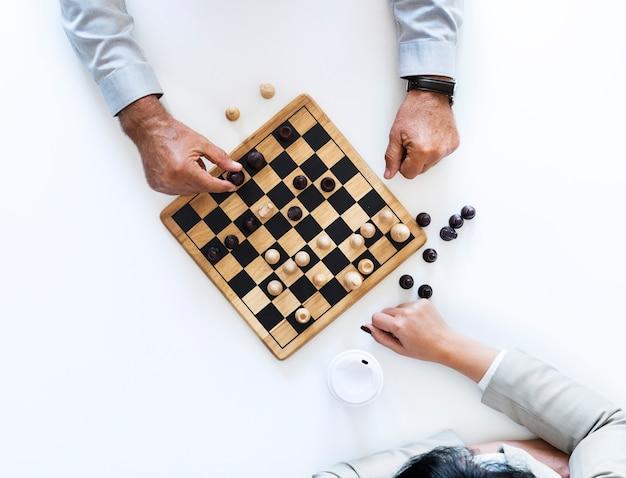 Schachspiel-geschäftsstrategiekonzept Kostenlose Fotos