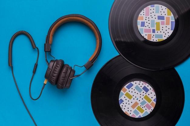 Schallplatten mit kopfhörer Kostenlose Fotos