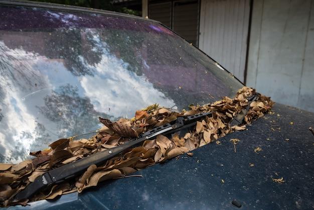 Scheibenwischer des alten autos Premium Fotos