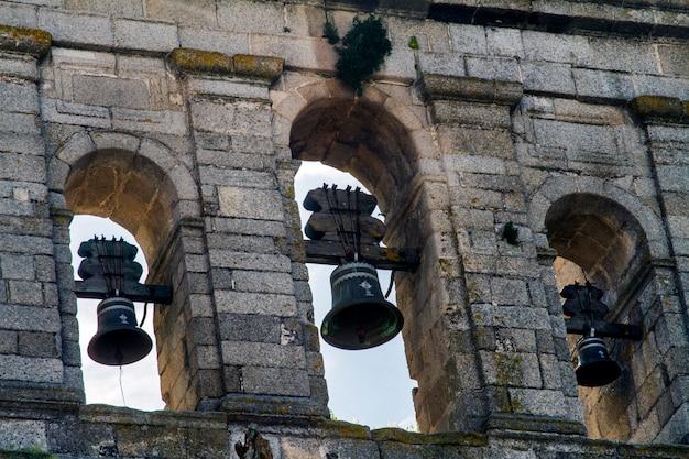Schließen sie herauf ansicht der kirche von graca, die in evora-stadt, portugal gelegen ist. Premium Fotos