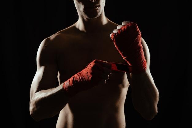 Schließen sie oben boxer, der hände verbindet Kostenlose Fotos