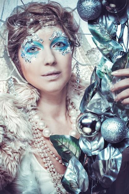 Schneekönigin mit fantasie bilden Premium Fotos