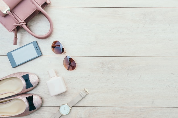 Schöne casual frau mode-set Kostenlose Fotos