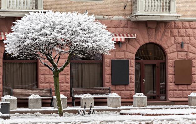 Schöne fassade in der winterzeit Premium Fotos