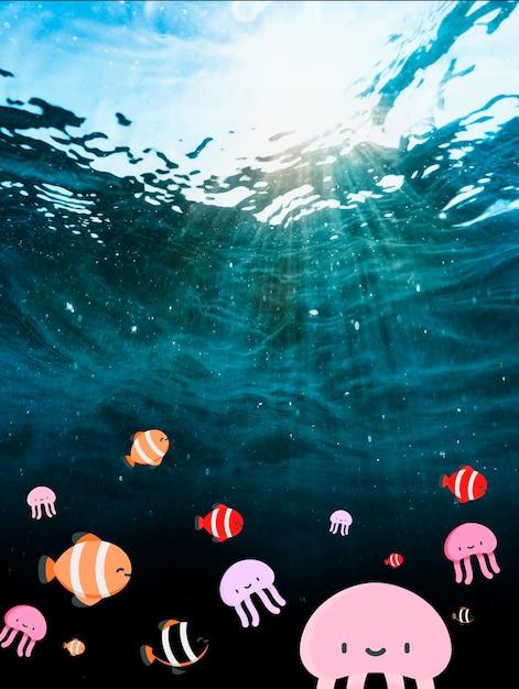 Schöne fotografie des ozeanwassers mit nettem fischfilter Kostenlose Fotos