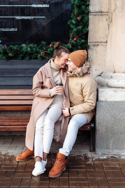 Kostenlose Dating-Seiten, mit denen Sie Nachrichten versenden können