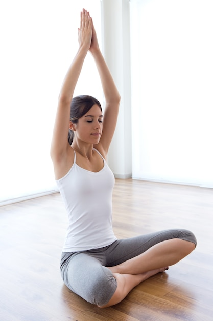 Yoga übung Zu Hause