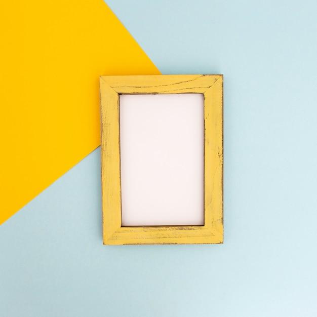 Schöne komposition aus leeren fotorahmen Kostenlose Fotos