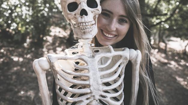 Skelett Frau