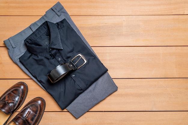 Schöne lässige männermode und kleidungsset Premium Fotos