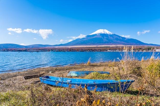 Schöne landschaft des berges fuji um yamanakako see Kostenlose Fotos