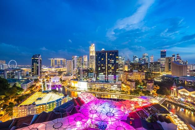 Schönes architekturgebäudeäußeres von singapur-stadt Kostenlose Fotos