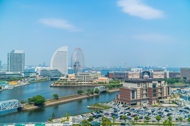 Schönes gebäude und architektur in den yokohama-stadtskylinen Kostenlose Fotos