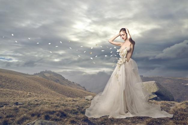 Schönes hochzeitskleid Premium Fotos