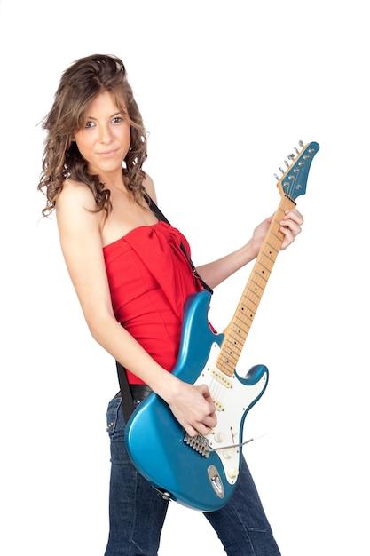 Schönes mädchen mit einer e-gitarre getrennt auf einem over white background Premium Fotos