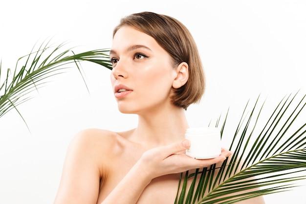 Schönheitsporträt einer attraktiven halben nackte Kostenlose Fotos