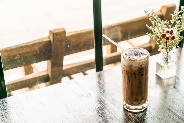 Schokoladenglas im café Premium Fotos