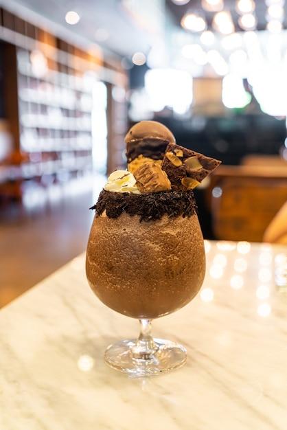 Schokoladenmilchshake-smoothie Premium Fotos