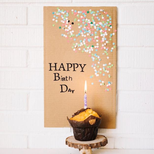 Schönes Plakat, das alles Gute zum Geburtstag sagt Kostenlose Fotos