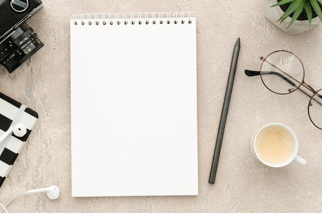 Schreibtisch büro Premium Fotos