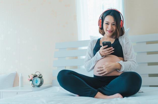 Schwangere Frauen Spiele