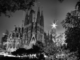 Bauarbeiter schwarz weiß  Schwarz-Weiß-Kathedrale | Download der kostenlosen Fotos