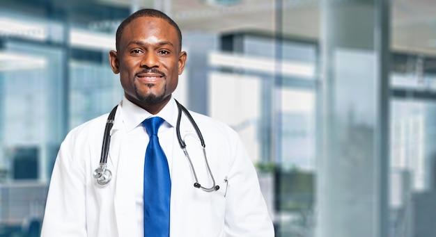 Schwarzer männlicher doktor Premium Fotos