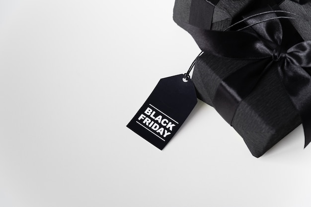 Schwarzes freitag-geschenk mit einkaufstag Kostenlose Fotos