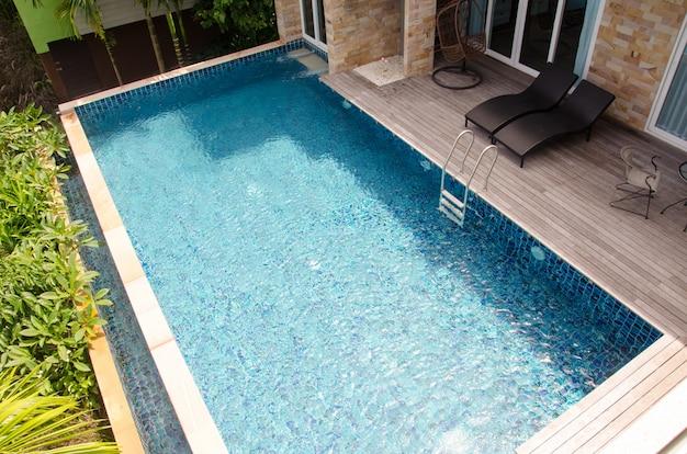Schwimmbad Premium Fotos