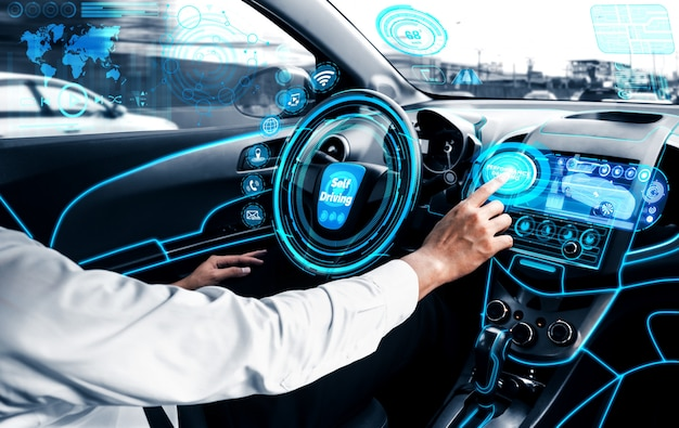 Selbstfahrendes autonomes auto mit mann am fahrersitz. Premium Fotos