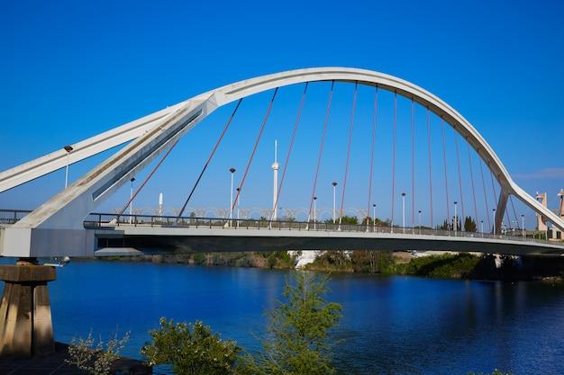 Sevilla puente de la barqueta brücke sevilla Premium Fotos