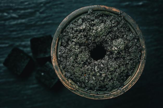 Shisha-tabak in einer schüssel Kostenlose Fotos