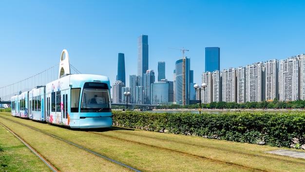 Sightseeing-bus der stadtbahn von guangzhou Premium Fotos